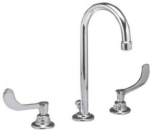 American Standard 6531170.002 Monterrey 8 in. Widespread Gooseneck Lavatory Faucet - Chrome